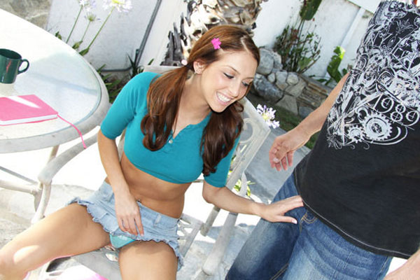 Stephanie Cane loves to wear mini-skirt jeans